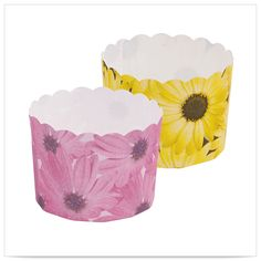 2 1/3 x 2 Daisy Combo Free Standing Bake Cup/Case of 500 Tags: Daisy; Baking Cups;  baking cups;Baking Cups;Daisy Baking Cups; https://www.ktsupply.com/products/32789329139/2-13-x-2-Daisy-Combo-Free-Standing-Bake-CupCase-of-500.html