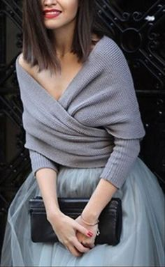 """Product Code: CMY116 Details: - Multi-functional scarf - Off the shoulder - Ruching at front - V neck - Multi-way - Hand wash - Fabric: 100%Acrylic Free Shipping ! REFERENCE: �fit for height < 6"""", wei"""