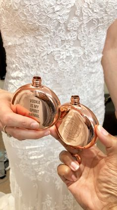 Wedding day drinks and cheers a la these rose gold flasks from Pretty Collected day wishes Cheers to getting married! Gifts For Wedding Party, Wedding Themes, Wedding Designs, Wedding Ideas For Bride, Wedding Shit, Wedding Wishes, Party Gifts, Wedding Favors, Dream Wedding
