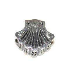 16,00 Euros - Charm Concha de Santiago con Catedral grabada de plata 925 mls Sterling Silver, Santiago De Compostela, Shells, Drive Way