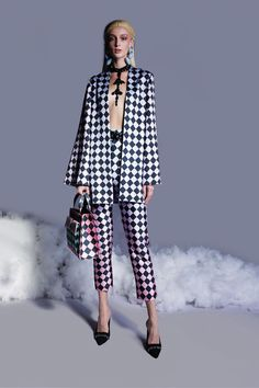Spring Fashion Trends, Spring Summer Fashion, Runway Fashion, Fashion News, Women's Fashion, Summer Coats, Long Evening Gowns, Georges Hobeika, Latest Fashion Clothes