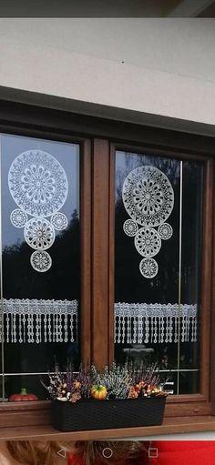 Diy Wall Art, Wall Art Decor, Doily Art, Crochet Wall Hangings, Arts And Crafts, Diy Crafts, She Sheds, Crochet Mandala, Bobbin Lace