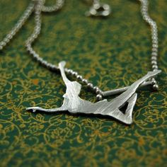 Circus aerialist necklace. LOVE!!