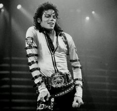 Bad world tour Photos Of Michael Jackson, Michael Jackson Bad Era, Jackson 5, The Boy Is Mine, My Love, Guinness, Rock And Roll, Mj Bad, King Of Music