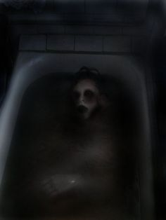 Sunken ghost by ~Nerafinuota I fear the things that lie on the periphery Rpg Horror, Horror Art, Horror Photography, Dark Photography, Magritte, Scream, Dark Images, Darkness Falls, Creepy Pictures