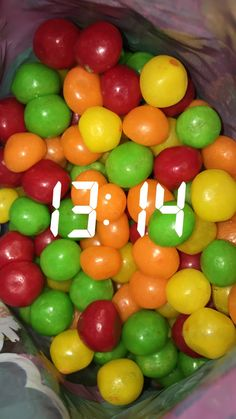 Snap, candy, sweet, red, green, ball, yellow, tumblr • pin: mia kub •