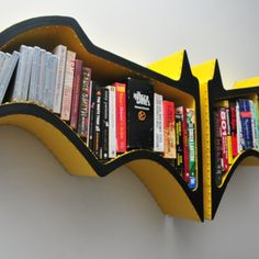 Libreria Batman inspired by Fiction Furniture