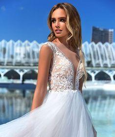 """e50b5769f7 Queen Bridal Store on Instagram  """"Τα όνειρά σας γίνονται πραγματικότητα με  αυτό το παραμυθένιο φόρεμα από την  NewCollection 2019 ."""