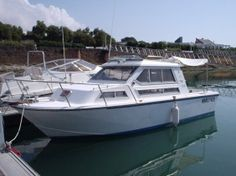 Choosing a boat: New or used? Deciding whether to buy a new or used #boat is dependent upon your budget and personal needs, but there are other factors to take into account too... http://www.boatshop24.com/en/buying-a-boat/choosing-a-boat-new-or-used-/63