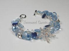 Winter Wonderland Button Bracelet, Light Blue Button Bracelet with Rhinestone Snowflake.