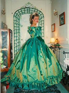 1000 Images About Gowns On Pinterest Quinceanera
