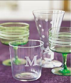¿Quieres poner nombres en botellas o vasos de cristal? Tienes que ver este paso a paso.