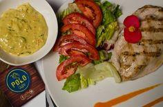 Pechuga de Pollo al Grill con salsa de Curry y Piña. Así es nuestro irresistible #PolloalCurry Te atreves?