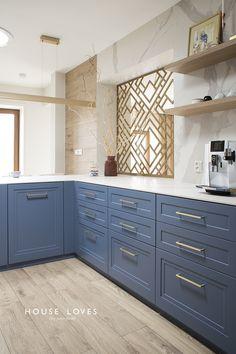 Home Decor Kitchen, Kitchen Furniture, Furniture Design, Küchen Design, Interior Design, Cabinet Paint Colors, Painting Kitchen Cabinets, Cuisines Design, Design Moderne