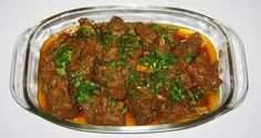 Peshawari cuisine is a delicious medly of Pakistani and Afghan flavour. Here is one of the most famous recipes from Peshawar. Though karahi gost recipe is not-so-grand Mughlai dish, its still a favourite in many households. Peshawari karahi gosht is a different take on how it is prepared in India. Ingredients: 1/2 cup Oil 1/2…
