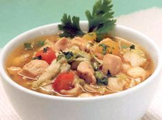 Sopa de Legumes com Frango - Veja mais em: http://www.cybercook.com.br/receita-de-sopa-de-legumes-com-frango.html?codigo=10857