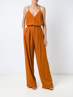 Love the full leg and loose fit with cinched waist New Look Fashion, Boho Fashion, Fashion Outfits, Womens Fashion, Fashion Design, Rehearsal Dinner Outfits, Friend Outfits, Estilo Boho, Classy Outfits