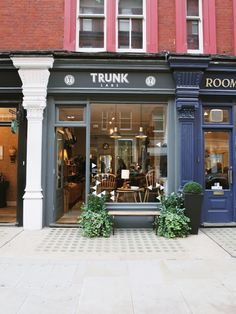 Trunks Labs London