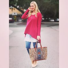 Looking for a perfect everyday go-to look for fall? This is it! #tfssi #stsimons #seaisland #fall2015 #ootd #shopssi #shopgoldenisles #redfernvillage