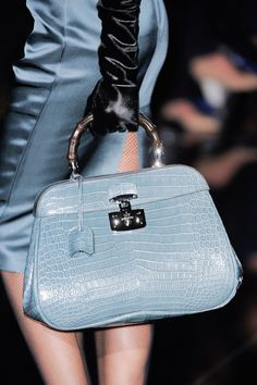 234 Best Handbags!!! images   Beautiful bags, Wallet, Jewelry 874a646845