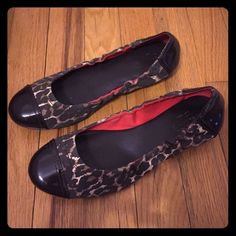 COACH❤️Leopard Flats Hardly worn, very comfortable Coach leopard flats. Coach Shoes Flats & Loafers