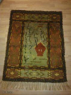 ryijy kotikoivun alla neoviuksen mallistoa Rya Rug, Wool Rug, Rug Hooking, Art Forms, Home Deco, Bohemian Rug, Enamel, Carpet, Blanket