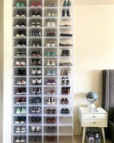 Drop-Front Shoe Box @ The Container Store –> Echa un vistazo a nuestro perfil …
