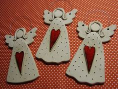 ceramic angels or card stock Clay Christmas Decorations, Christmas Clay, Christmas Angels, Christmas Ornaments, Angel Crafts, Xmas Crafts, Diy Crafts, Ceramics Projects, Clay Projects