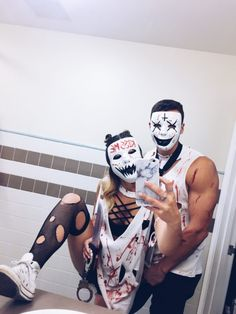 31 Best Couples Costumes and Matching Costumes For Helloween You Must Try In Nex. - halloween costumes 31 Best Couples Costumes and Matching Costumes For Helloween You Must Try In Nex Cute Couple Halloween Costumes, Best Couples Costumes, Homemade Halloween Costumes, Halloween 2019, Cute Halloween, Diy Costumes, Scary Couples Halloween Costumes, Halloween Pumpkins, College Couple Costumes