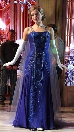 First Production Photo of Anastasia on Broadway Released: The Blue Dress is Back! Anastasia Cosplay, Anastasia Movie, Anastasia Broadway, Anastasia Dress, Anastasia Musical, Broadway Costumes, Theatre Costumes, Musical Theatre, Disney Costumes