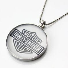 Motorcycle Biker Harley Davidson Necklace and Pendant http://bikeraa.com/motorcycle-biker-harley-davidson-necklace-and-pendant/