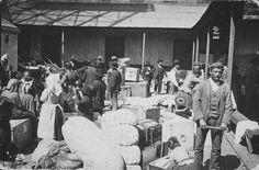 Inmigrantes recién llegados a Buenos Aires, 1904.