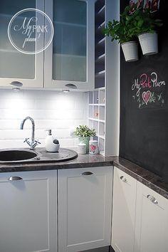 Romantic Homes, White Houses, Plum, Kitchens, Shabby Chic, Kitchen Cabinets, Interior, Design, Home Decor