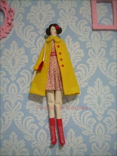 Tilda com casaco