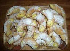 Picture of Recept - Vynikající křehké rohlíčky Slovak Recipes, Czech Recipes, Russian Recipes, Kiflice Recipe, Fruit Roll Ups, Bread And Pastries, 20 Min, Sweet Cakes, Desert Recipes