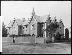 Sacred Heart Convent School, Wanganui - Photograph taken by Frank James Denton - Sacred Heart Convent School, Wanganui, photographed by Frank James Denton between 1895-1912. Exterior view of a building in the Gothic revival style.