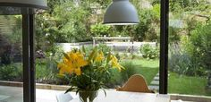 http://diyreal.com/wp-content/uploads/2013/11/small-urban-garden-design-ideas-8.jpg
