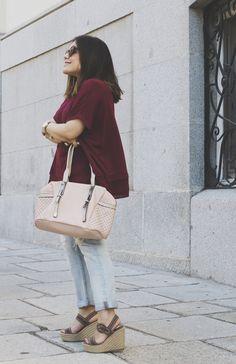 Robert Pietri en la blogosfera. Rocío Espinosa con bolso Robert Pietri.  #robertpietri #handbags #bloggers #blog #moda #tendencias #look #outfit #bags #madeinspain #hechoenespaña