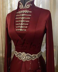 Muslimah Wedding Dress, Hijab Style Dress, Wedding Dresses For Girls, Bridal Dresses, Girls Dresses, Fantasy Gowns, Renaissance Fashion, Gowns Of Elegance, Mode Hijab