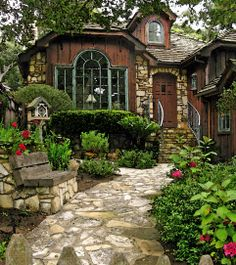 Stone and Timber Cottage, Carmel, CA (dreaming of moving there)
