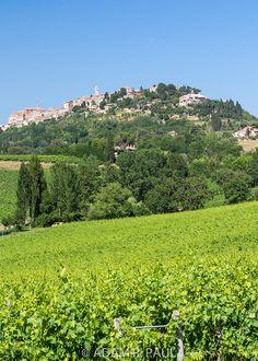 """*dream* Montepulciano, Tuscany, Italy (a.k.a. Volterra in """"The Twilight Saga: New Moon"""")"""