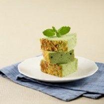 GREENTEA CAKE KEJU PUTIH TELUR http://www.sajiansedap.com/recipe/detail/692/greentea-cake-keju-putih-telur