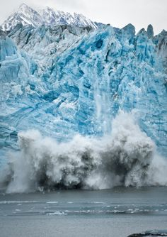 Large calving of the Hubbard Glacier // 80% sure this was the glacier I went to.