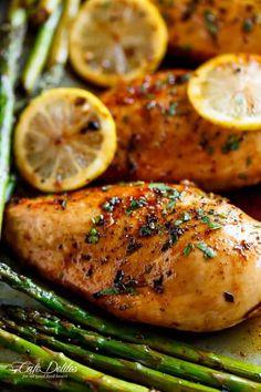One Pan Honey Lemon Chicken Asparagus - Cafe Delites Lemon Chicken With Asparagus, Lemon Butter Chicken, Lemon Garlic Chicken, Garlic Chicken Recipes, Asparagus Recipe, Skinless Chicken Recipe, Cooking Recipes, Healthy Recipes, Healthy Meals