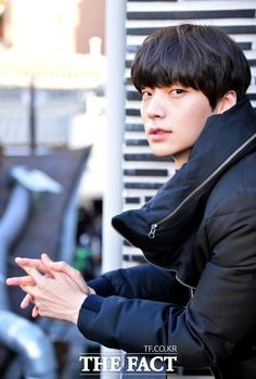 [Photo] 141110 Ahn Jae Hyeon ( being interviewed by The Fact {cr:NaverNews} Sung Joon, Lee Sung, Asian Actors, Korean Actors, Korean Dramas, New Actors, Actors & Actresses, Kdrama, My Love From Another Star