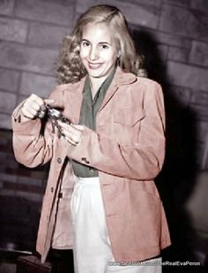 Evita looking at pictures while smiling for the camera. Peron took several pictures of her during their short time together hiding from the military and. Casual and Radiant Celebrity Portraits, 1940s Fashion, Perfect Woman, Famous Faces, Queen, Caricature, The Past, Deviantart, History