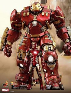 Hulk Buster and Ironman figures by Hot Toys!