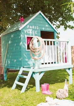12 Kids Outdoor Games You Want for Your Children - sheds-huts-treehouses, patio-outdoor-furniture Girls Playhouse, Build A Playhouse, Playhouse Ideas, Banzai Water Slide, Tree House Plans, Casa Patio, Wendy House, Outdoor Games For Kids, Backyard Playground