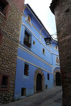 Casa de los Navarro Arzuriaga (Casa Azul) en Albarracín  Spain