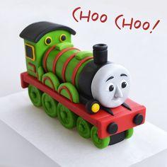 Henry from Thomas & Friends - free cake topper tutorial - fondant, gum paste, figurine Fondant Cookies, Fondant Cake Toppers, Fondant Figures, Cupcake Toppers, Cake Topper Tutorial, Fondant Tutorial, Thomas And Friends Cake, Thomas Cakes, Character Cakes